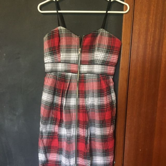 Stampede Plaid Dress With Padding- Small