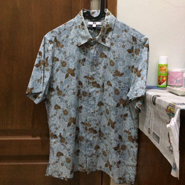 Uniqlo Batik