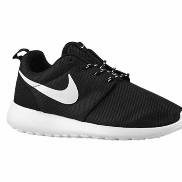 WOMENS NIKE ROSHE RUN
