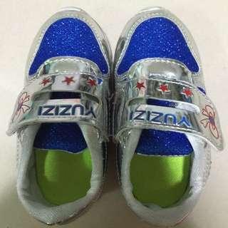 藍色螢光鞋底閃亮亮光鞋24碼-14.5