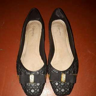Grendha Black Shoes