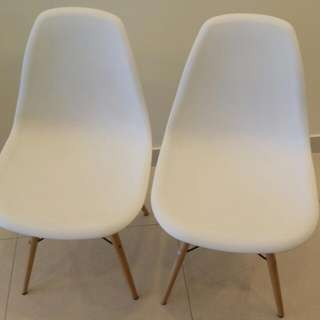 Free! 2 White Bucket Chairs!!
