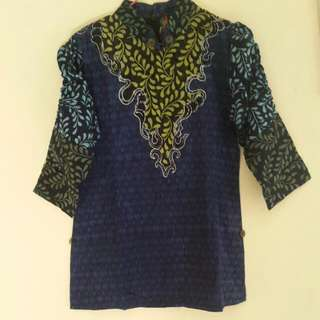 Baju/ Blouse Batik