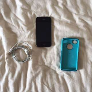 iPhone 4 In Perfect Condition With Otterbox