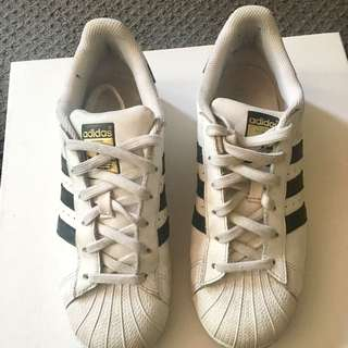 Adidas Superstar Women's Size 8