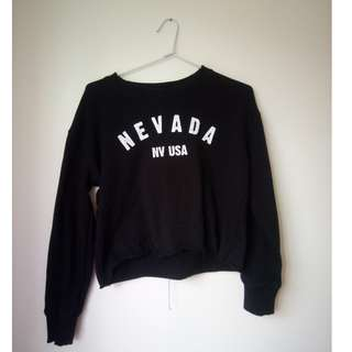 Graphic Nevada Cropped Sweatshirt