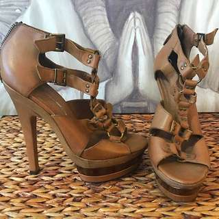 Size 8 - 8.5 Tan Heels From Wanted Shoes