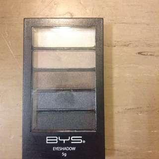 Bys Eyeshadow Pallet In Shade 10 Smokey Chic