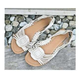 GIRLXPRESS Sandal Putih