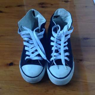 Fake Converse Size 39/9