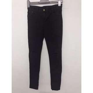 降價‼️牛仔褲‼️全館衣服買1送1