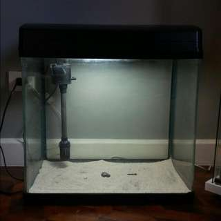 20 Gallon Jebo Type Aquarium -- Great Working Condition