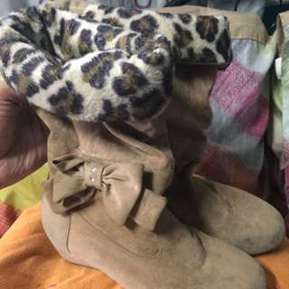 Preloved Gibi Shoes Suede Boots