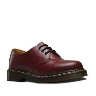 Burgundy low cut Dr Martens