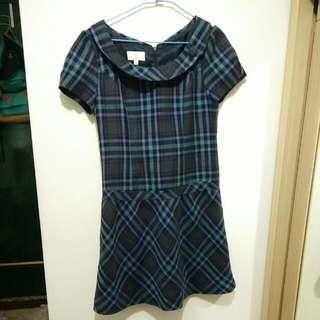 衣物包包買一送一🍭專櫃蘇格蘭風小洋裝