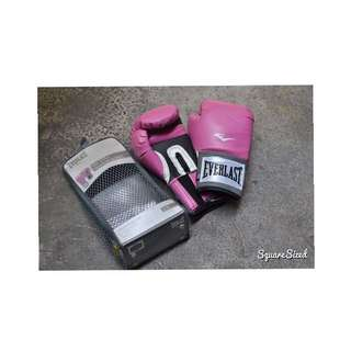 Everlast Boxing Gloves With Free Elorde Boxing Hand Wrapper