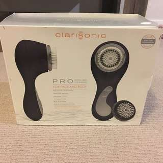 CLARISONIC PRO Face and Body Sonic Skin Cleansing System