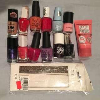 Free- Nail polishes