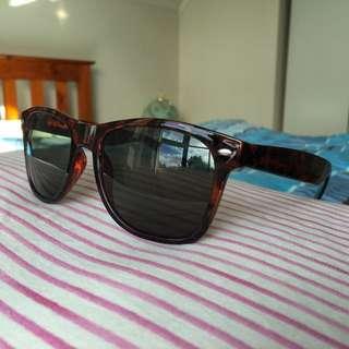 Glassons Sunglasses