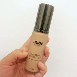 nude by nature Liquid Mineral Foundation - Medium