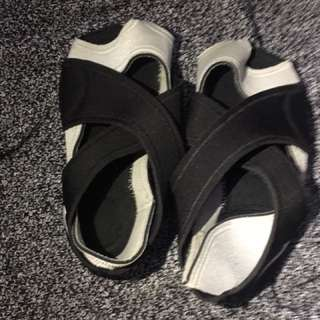 Nike Bare feet Shoes - Size S