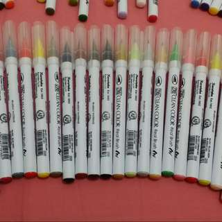 Zig Brush Pens