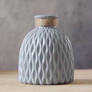 💐YourStalkMarket - Blue Porcelain Flower Vase