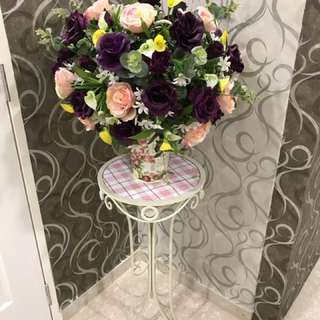 Beautiful Rose Flowers With French stand