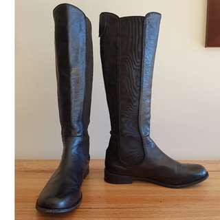 MIDAS Boots