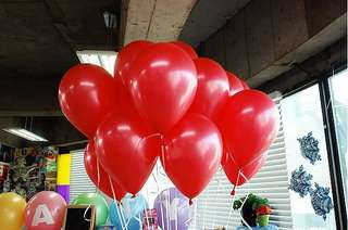 25pcs Size 12 Red Standard Balloons