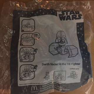 MCDONALD Star Wars 星戰玩具 黑武士在Tie Fighter