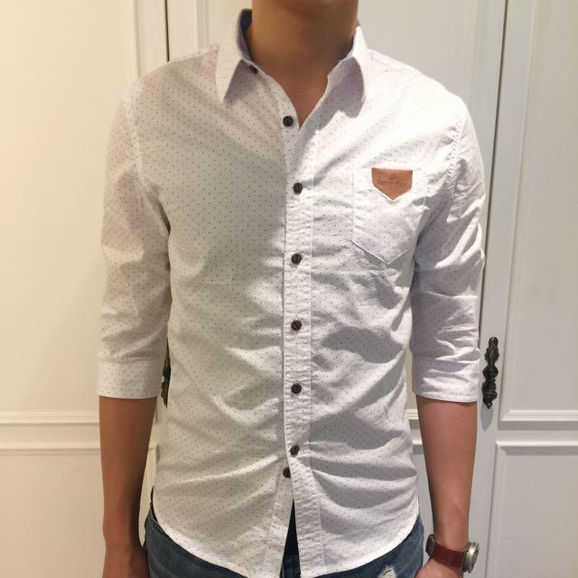 點點修身韓系襯衫