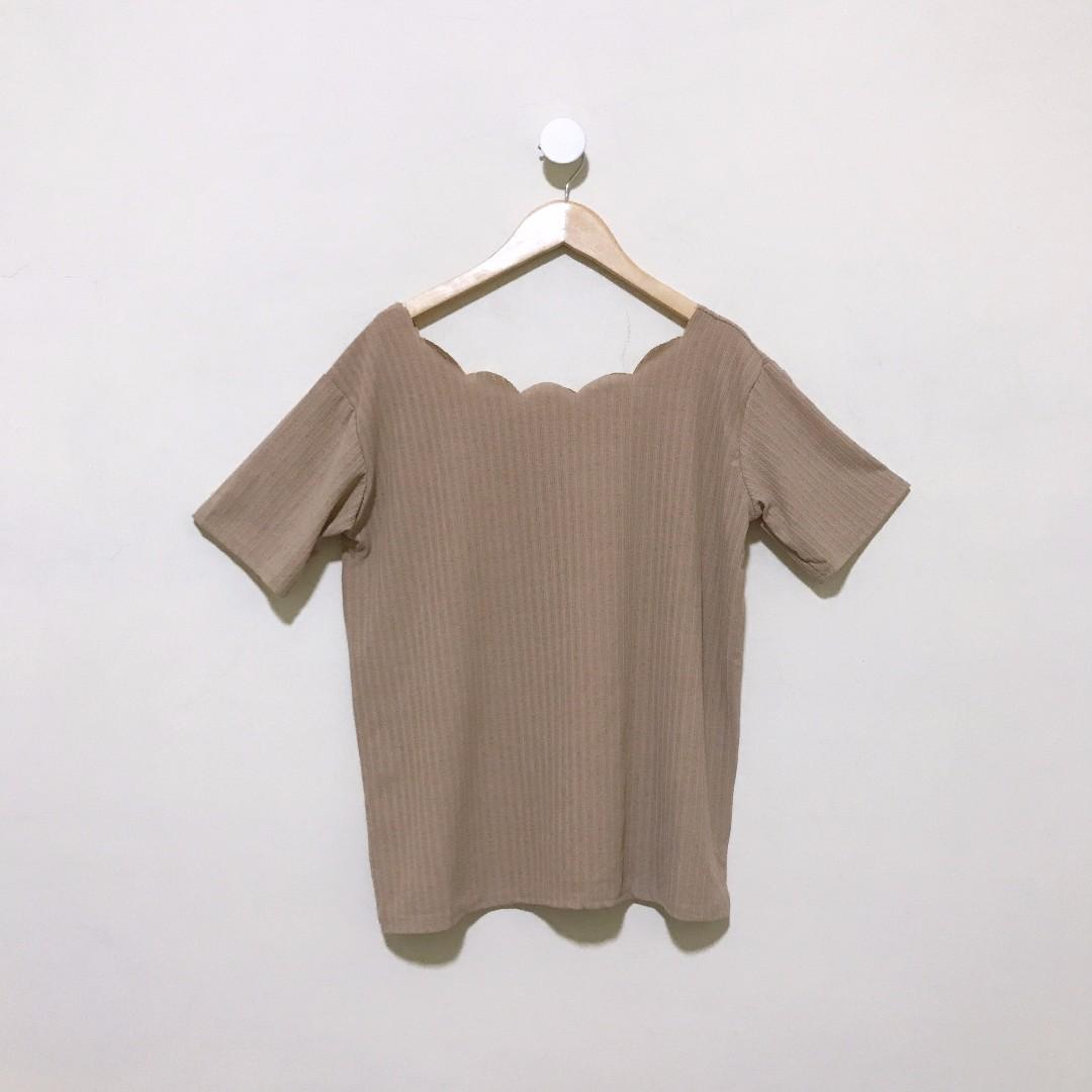 微寬鬆顯瘦花邊領五分袖上衣