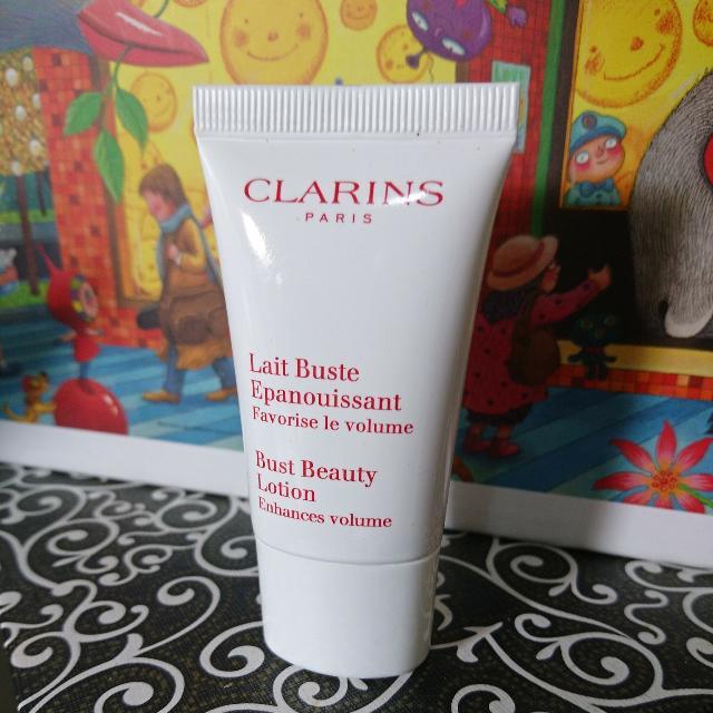 克蘭詩 Clarins 全新薔薇果美胸霜試用品