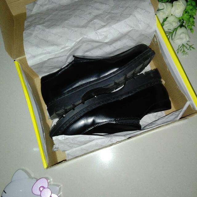 BOARDWALK Black School Shoes