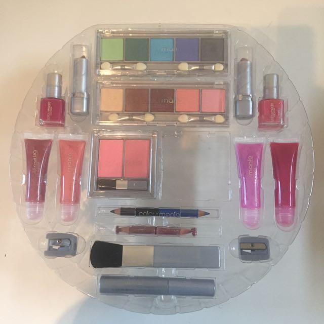 Brand New Full Makeup Set