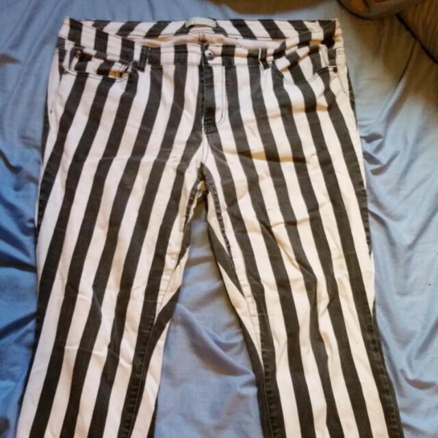 Forever 21 Striped Skinny Jeans Size 18