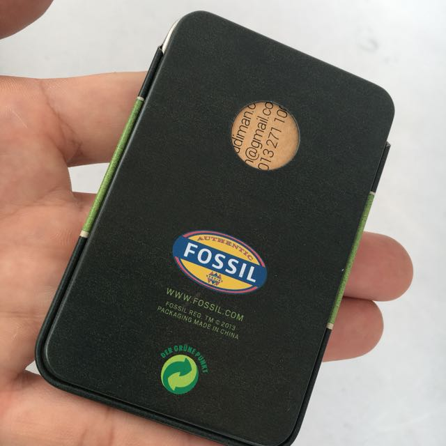 Fossil business card holder mens fashion accessories on carousell colourmoves