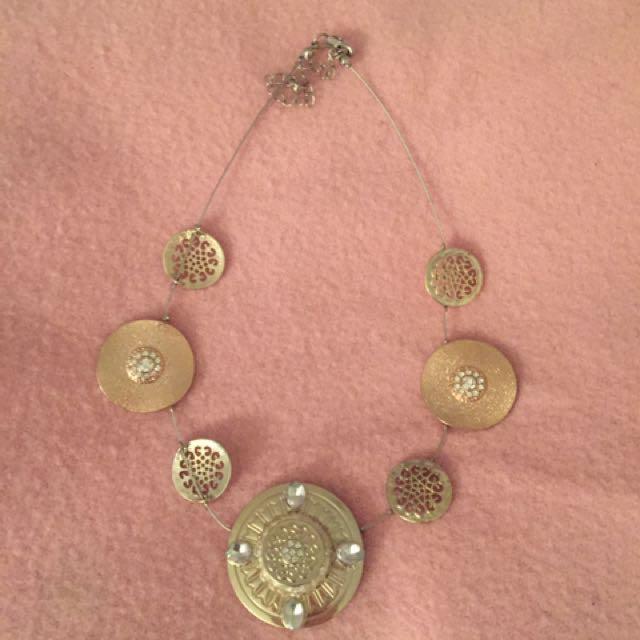 Gold Bulky Necklace