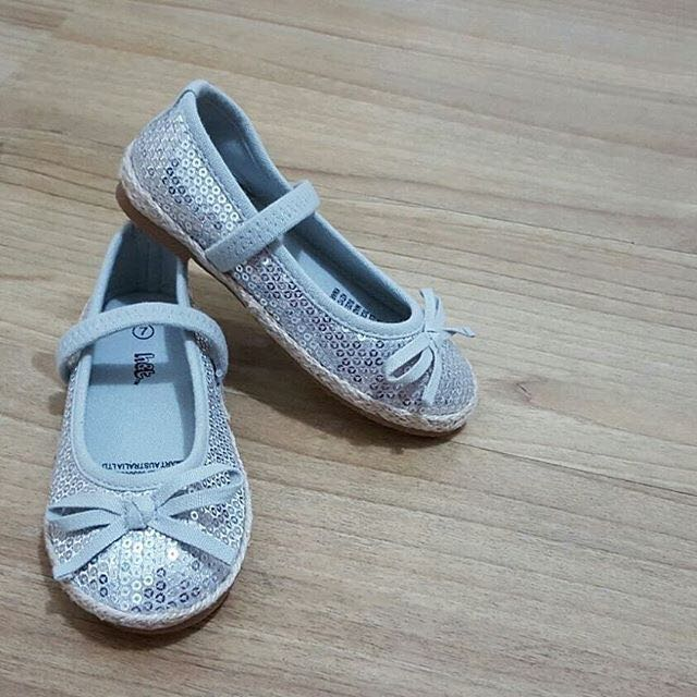 H&T Made in Australia Silver shoes for 👗 Girl