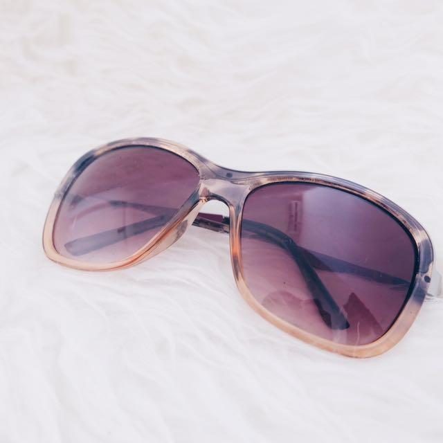 Kacamata Paloma