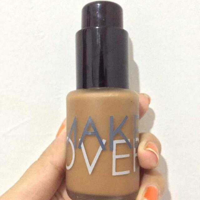 Make Over Liquid Matt Foundation
