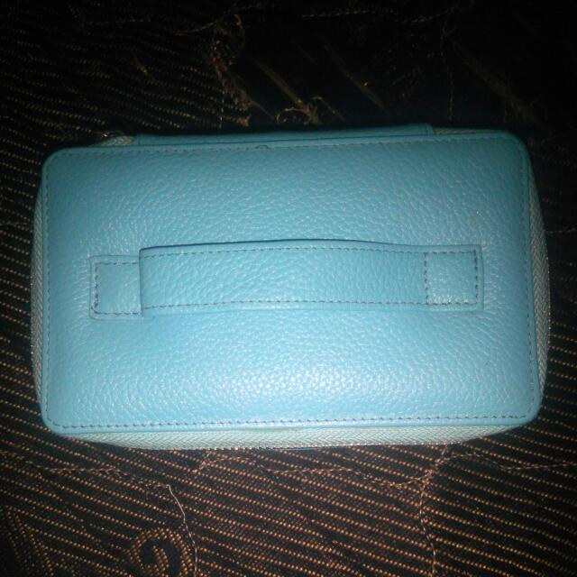 Exclusive Make Up Pouch
