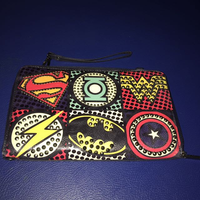 Marvel Clutch Navy