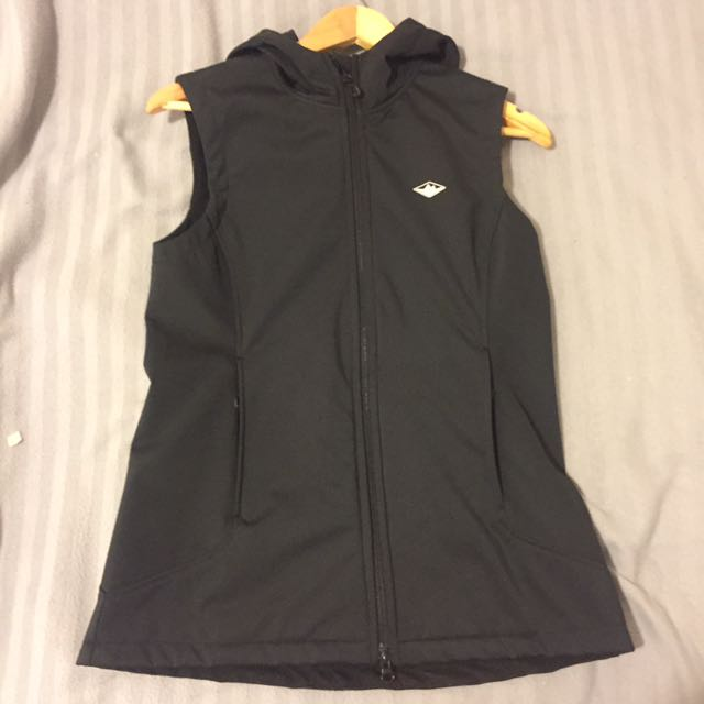 Mountain Designs Vest