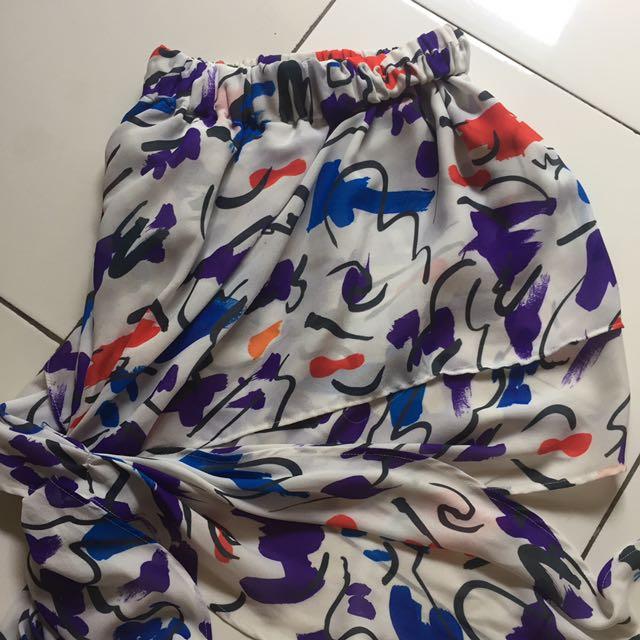Original Zara Abstrak Pattern Mini Skirt
