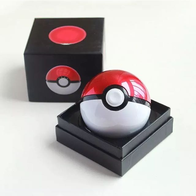 Poke Ball Cosplay Accessory (ex-portable Charger)