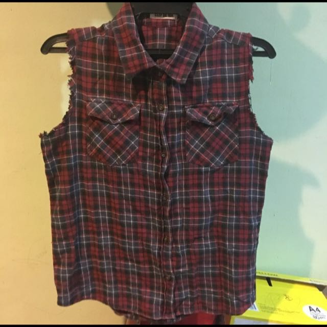 742d44b37d63 Ripped Sleeveless Flannel Shirt, Women's Fashion, Clothes, Tops on Carousell