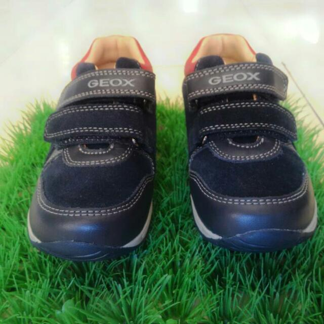 Sepatu Geox Original Kids