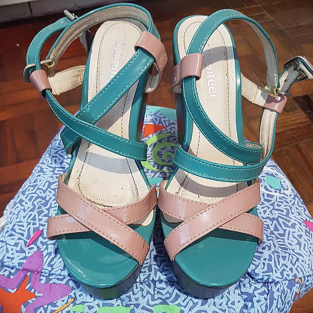 🎀Repriced! Seventeen Wedge Shoes